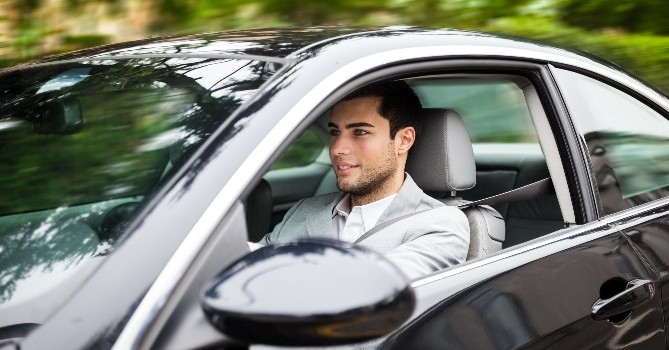 Trouvez le meilleur assureur pour votre véhicule !